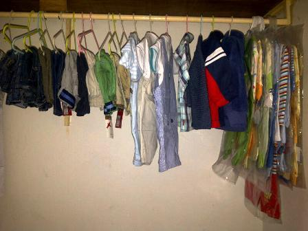 Hanging_clothes